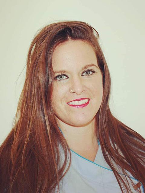 Jessica Valiente Abellán - Clínica Dental María Gómez Palacios - Cartaya (Huelva)