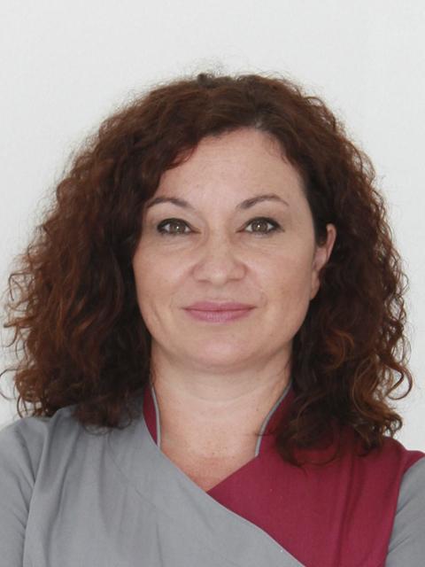 María Gómez Palacios - Clínica Dental María Gómez Palacios - Cartaya (Huelva)
